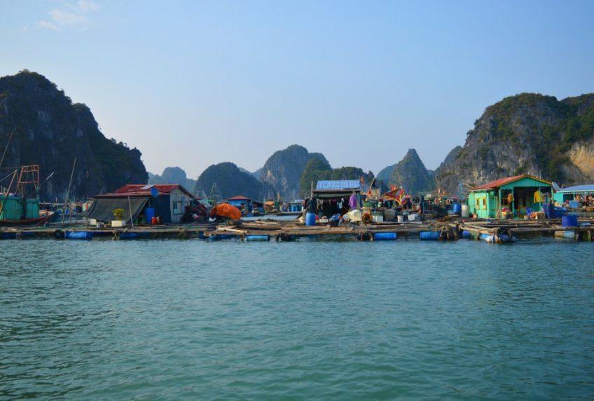 Ostrov Cat Ba – vstupní brána do zátoky Ha Long